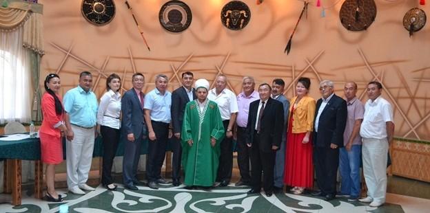 Председатель ДУМОо принял участие в расширенном рабочем совещании Ассоциации казахов Оренбуржья