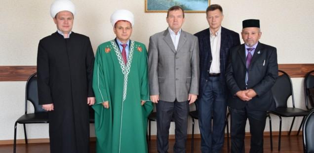 Председатель ДУМОо встретился с главой Кувандыкского района Оренбургской области