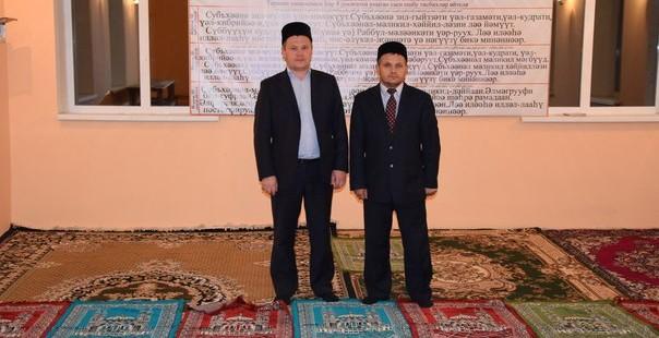 30 сентября 2015 года Альфит хазрат Шарипов посетил мечеть с. Шарлык.